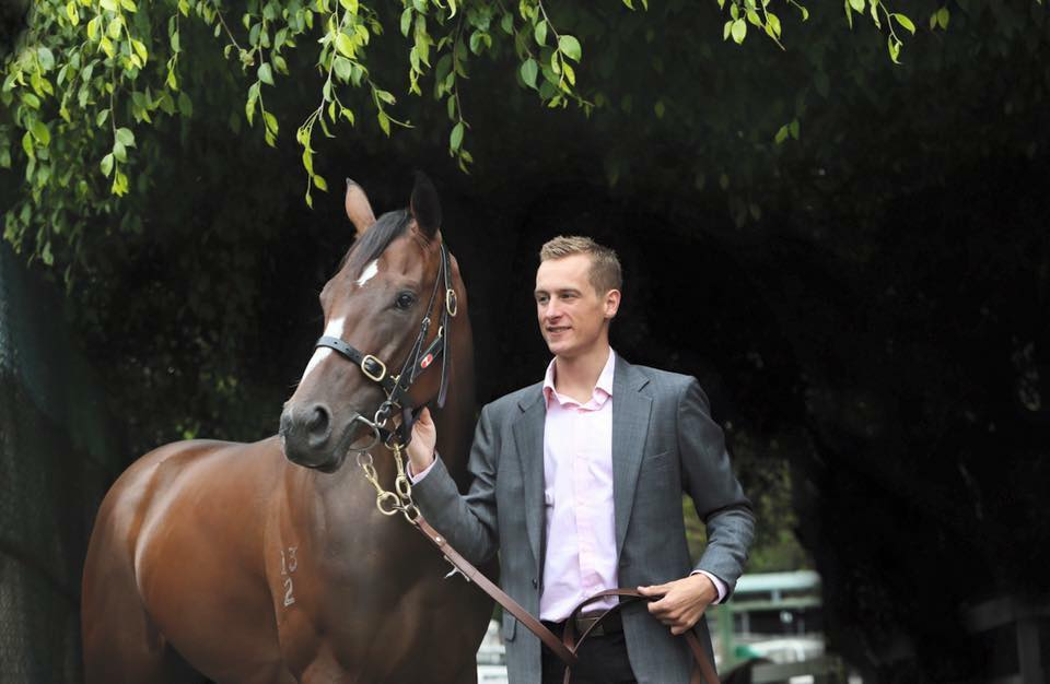 Blake Shinn to ride English in the Everest
